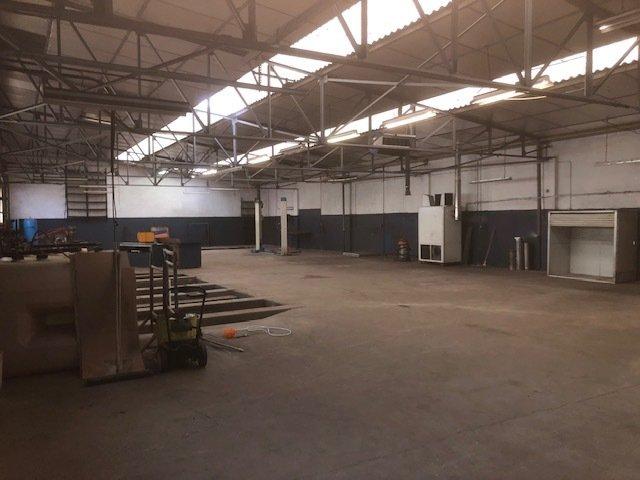 louer entrepôt 0 pièce 560 m² hettange-grande photo 1