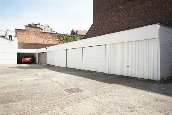 louer garage-parking 0 pièce 0 m² liège photo 1
