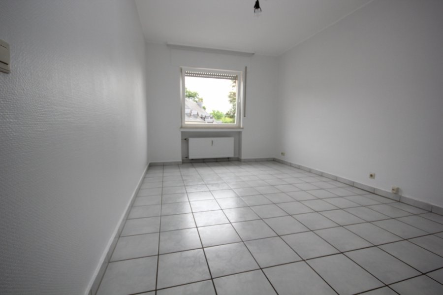 wohnung mieten 2 schlafzimmer 80 m² steinsel foto 3