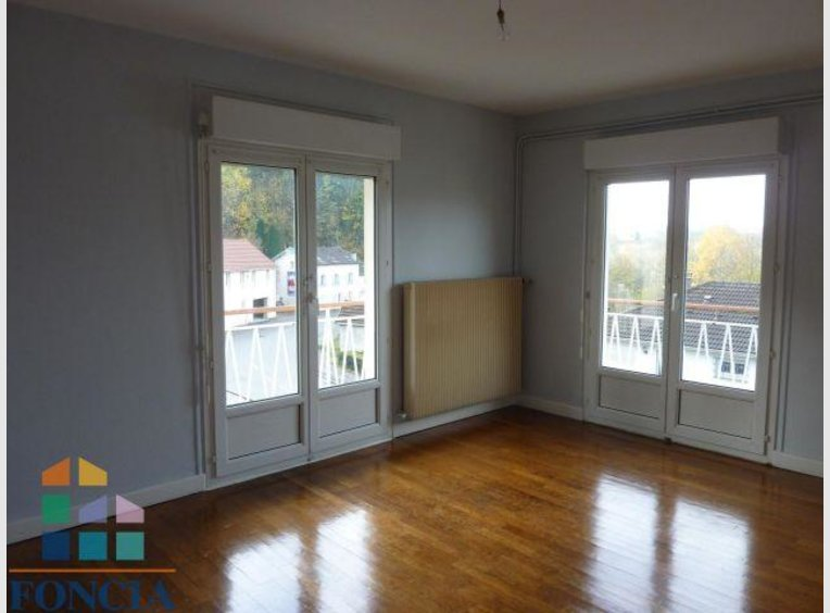location appartement f3 pinal vosges r f 5602212. Black Bedroom Furniture Sets. Home Design Ideas