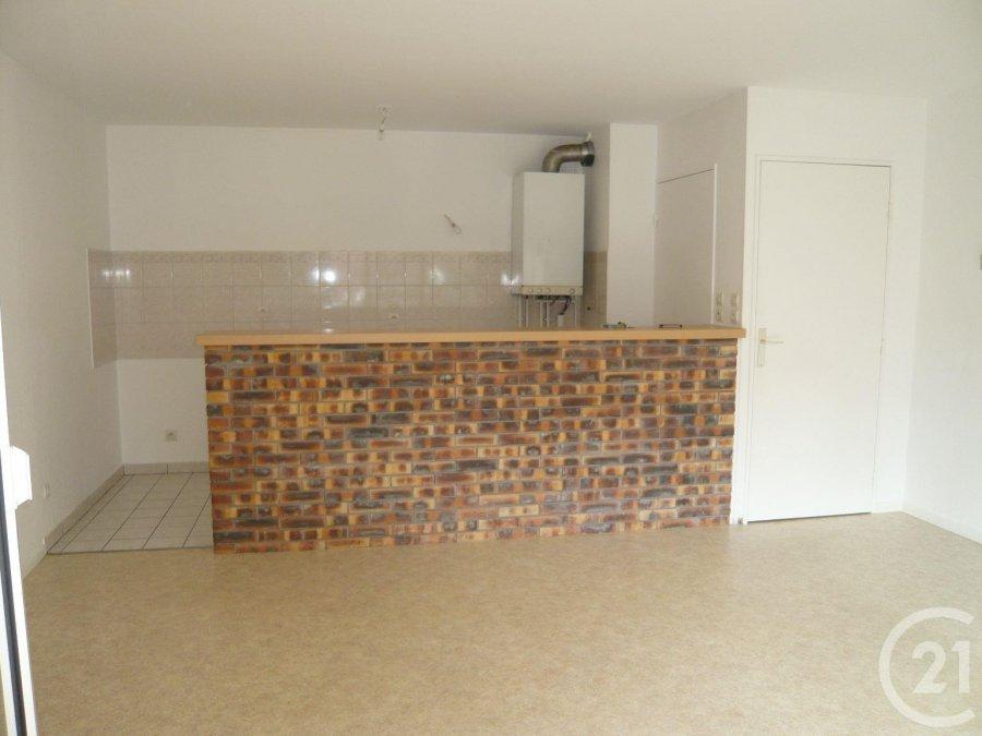 louer appartement 3 pièces 54.75 m² metz photo 3