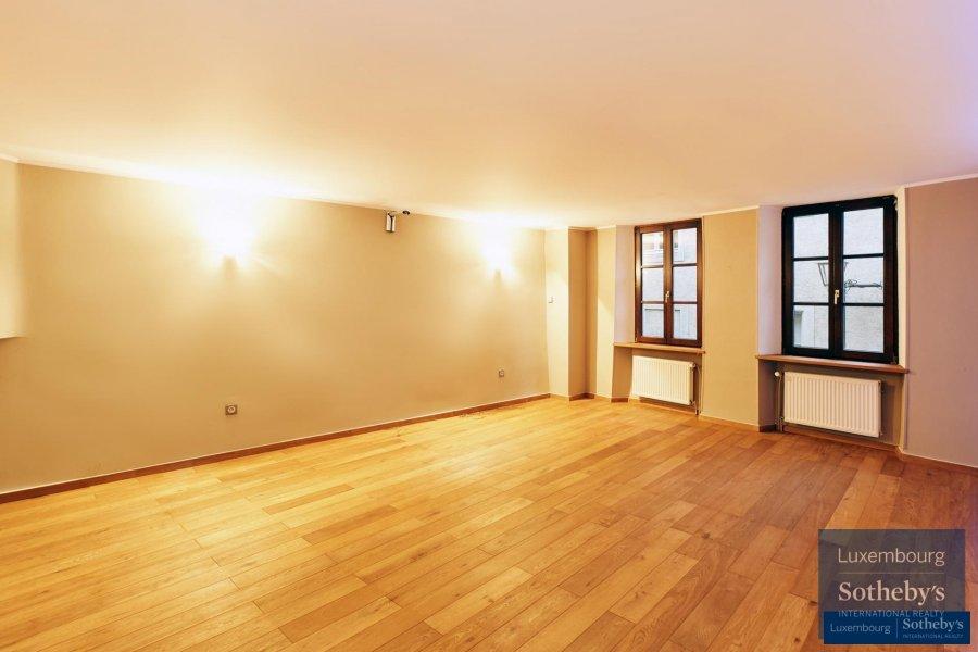 louer maison 3 chambres 225 m² ehnen photo 4