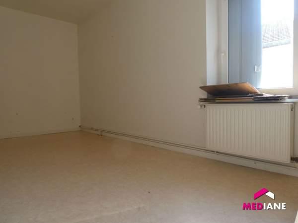 louer appartement 3 pièces 58 m² charmes photo 5