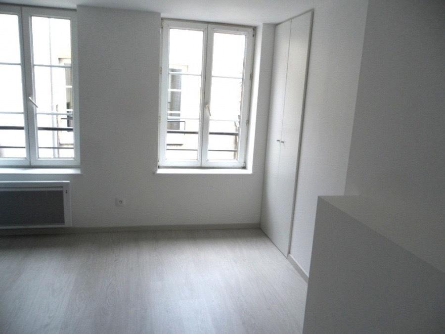appartement louer metz gare 21 m 415 immoregion. Black Bedroom Furniture Sets. Home Design Ideas