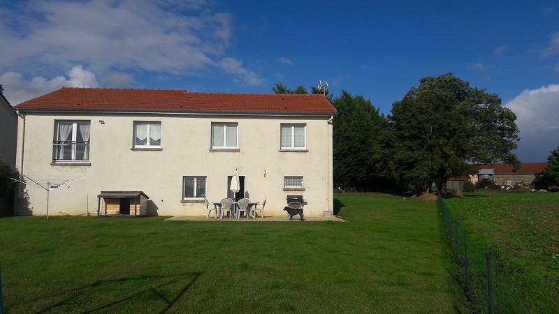 Maison à vendre F5 à Gondrecourt-aix
