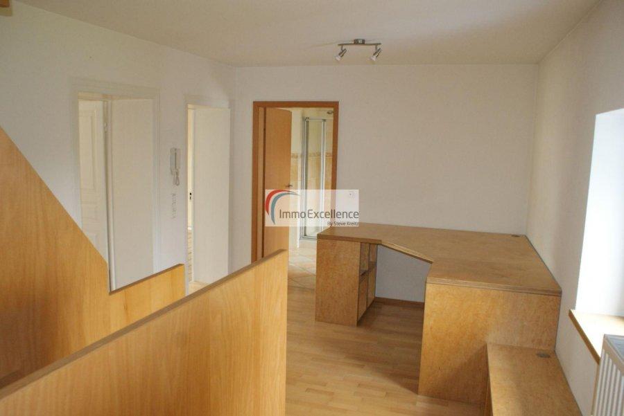 Maison à louer 4 chambres à Niederdonven