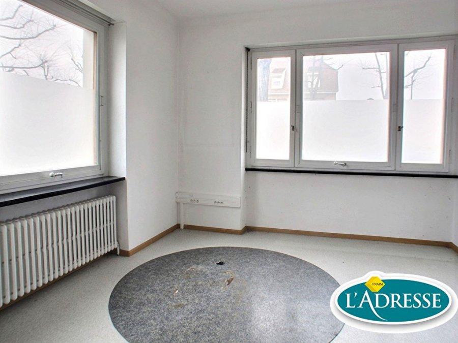 louer local commercial 4 pièces 70 m² saint-louis photo 1