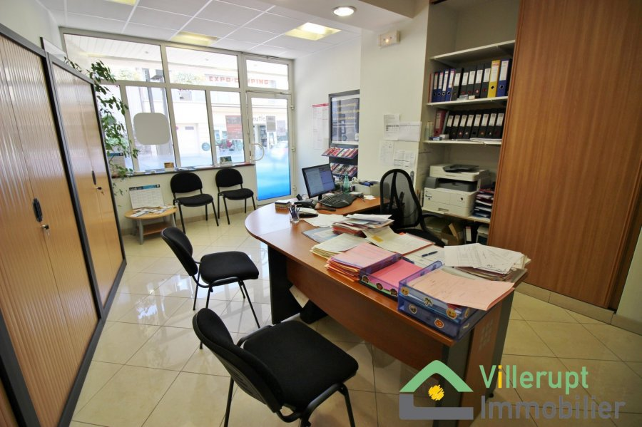 louer local commercial 0 pièce 55 m² villerupt photo 3