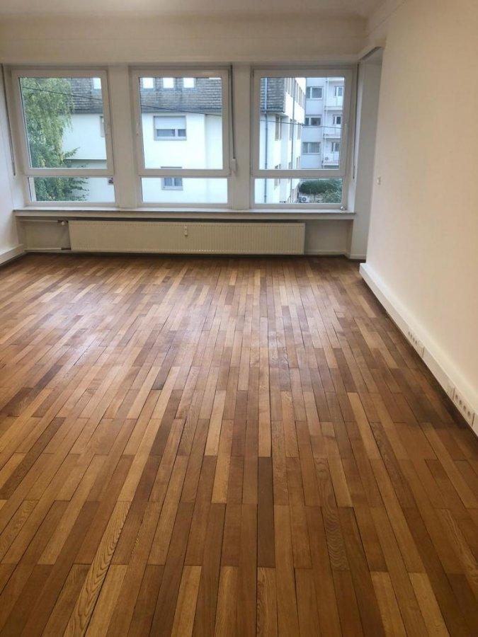 Bureau à louer 4 chambres à Luxembourg-Centre ville