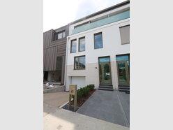 Maison mitoyenne à louer 4 Chambres à Luxembourg-Belair - Réf. 6873028