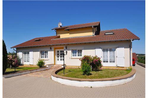acheter villa 10 pièces 348 m² schwerdorff photo 3