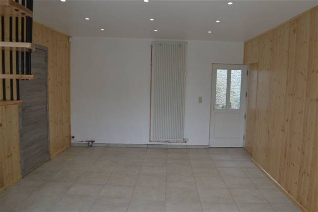 louer bureau 0 pièce 46 m² marche-en-famenne photo 3