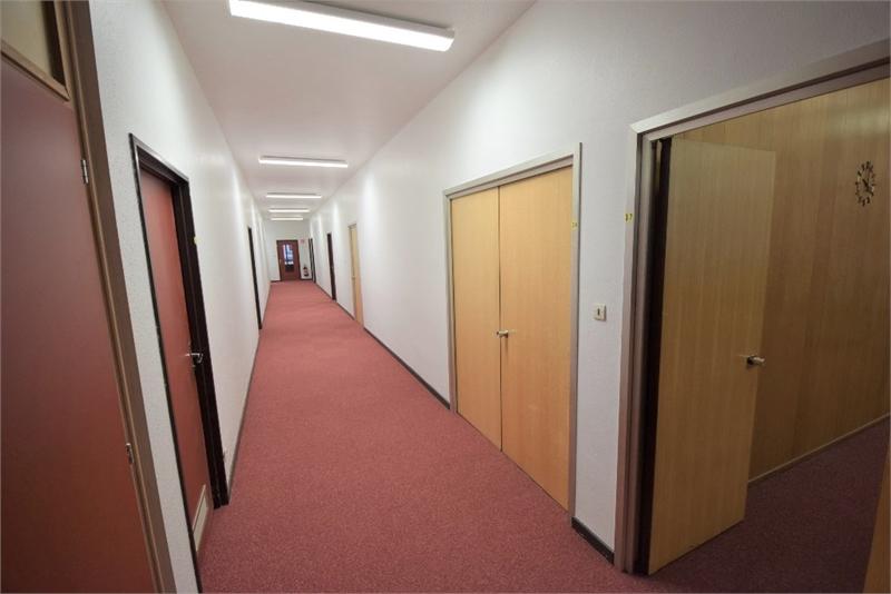bureau louer strasbourg 54 m 540 immoregion. Black Bedroom Furniture Sets. Home Design Ideas