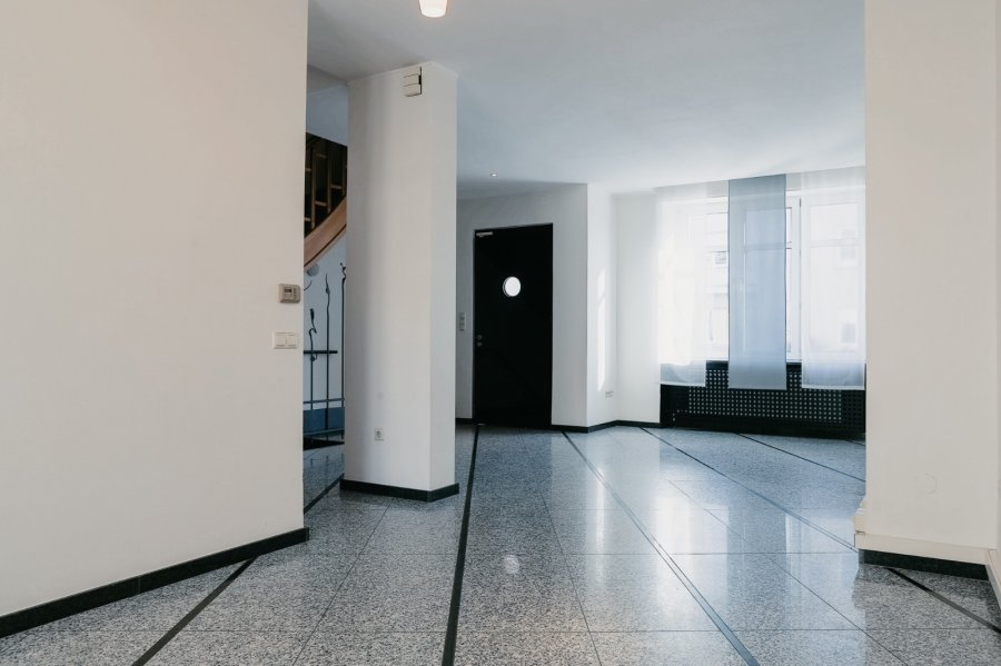louer bureau 0 chambre 255 m² luxembourg photo 2