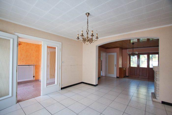acheter maison 6 pièces 166 m² roussy-le-village photo 4