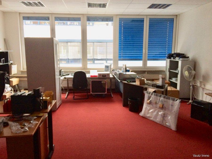 büro mieten 0 schlafzimmer 250.1 m² wecker foto 2