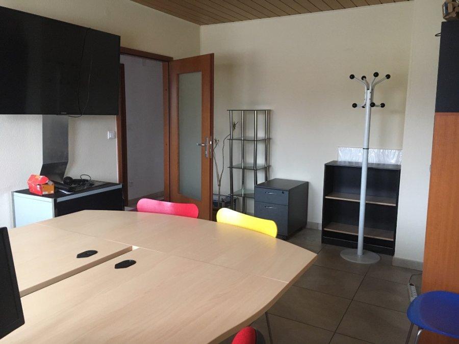 louer bureau 0 pièce 18 m² bartenheim photo 1