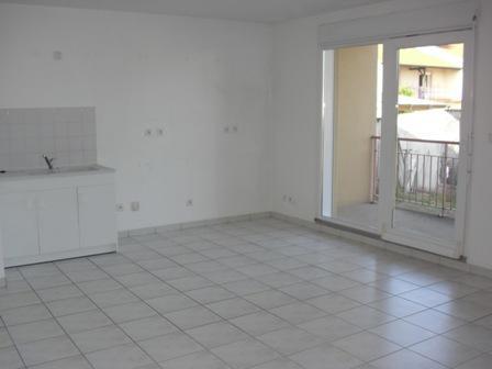 acheter appartement 2 pièces 59 m² béchy photo 1