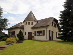 House for sale 8 rooms in Echternacherbrück - Ref. 6405620