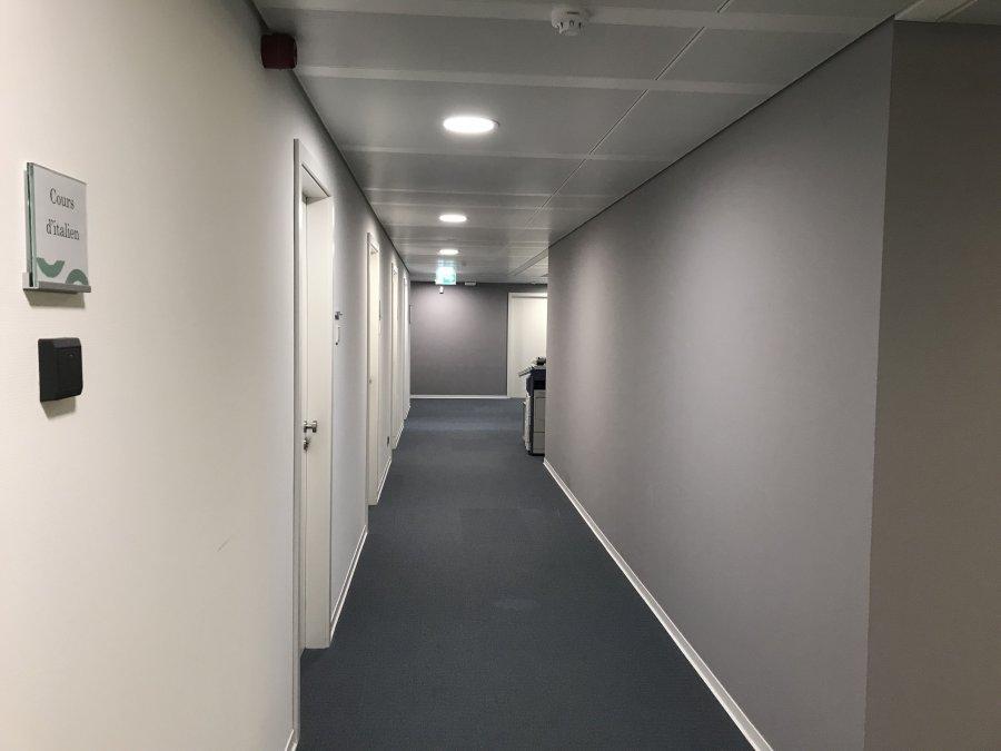 louer bureau 0 chambre 121 m² luxembourg photo 2