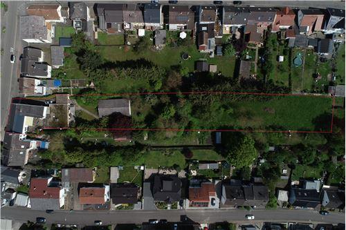 doppelhaushälfte kaufen 7 zimmer 240 m² wadgassen foto 2