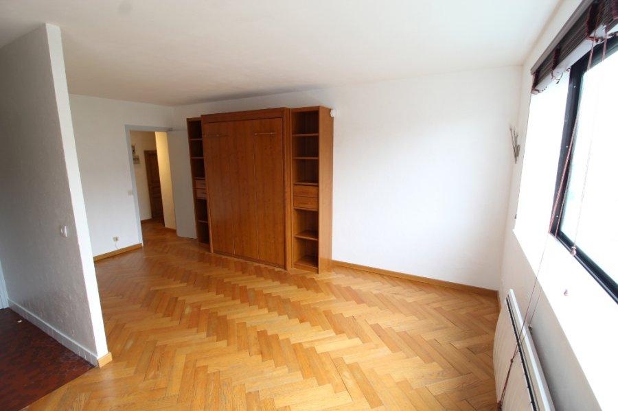 louer appartement 1 pièce 31.79 m² lille photo 2