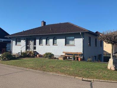 House for sale 5 rooms in Saarburg - Ref. 6391589