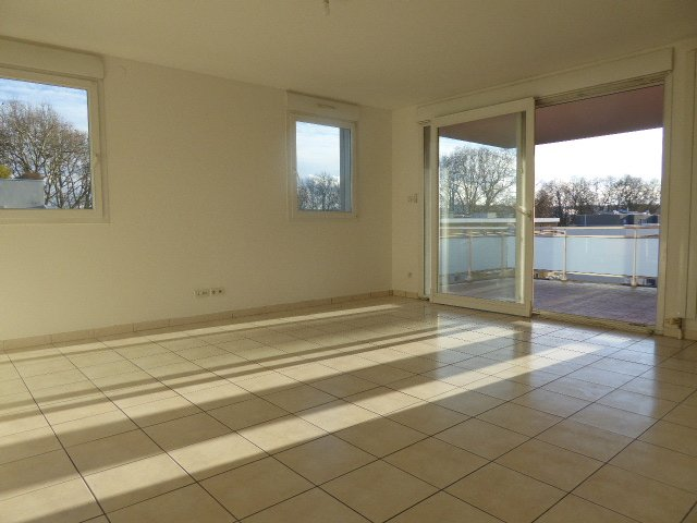 Appartement à louer F5 à Mulhouse-Europe Bassin Nordfeld