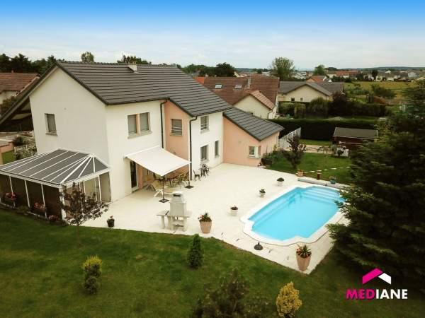 acheter maison 7 pièces 190 m² charmes photo 1