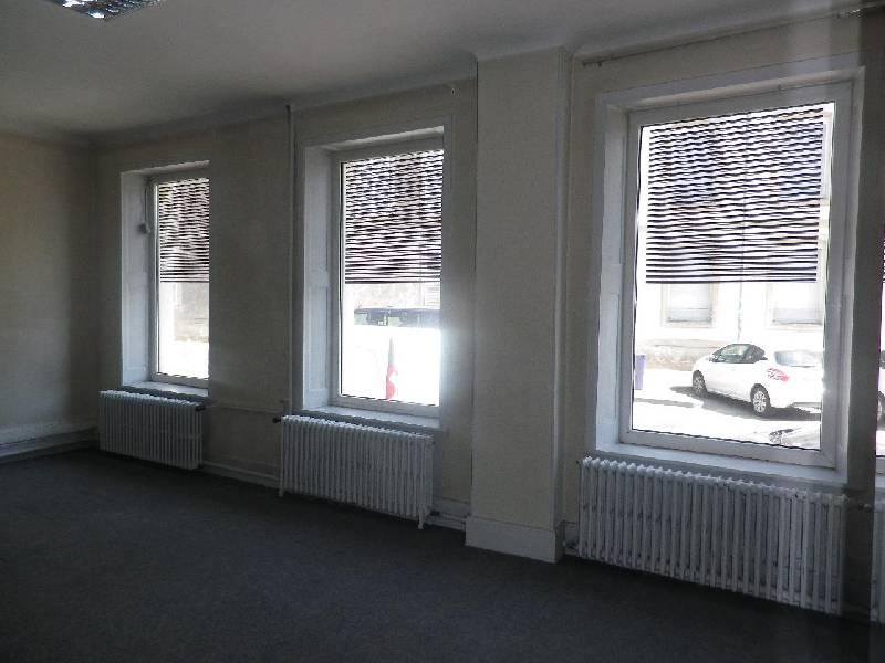 acheter bureau 0 pièce 145 m² remiremont photo 2