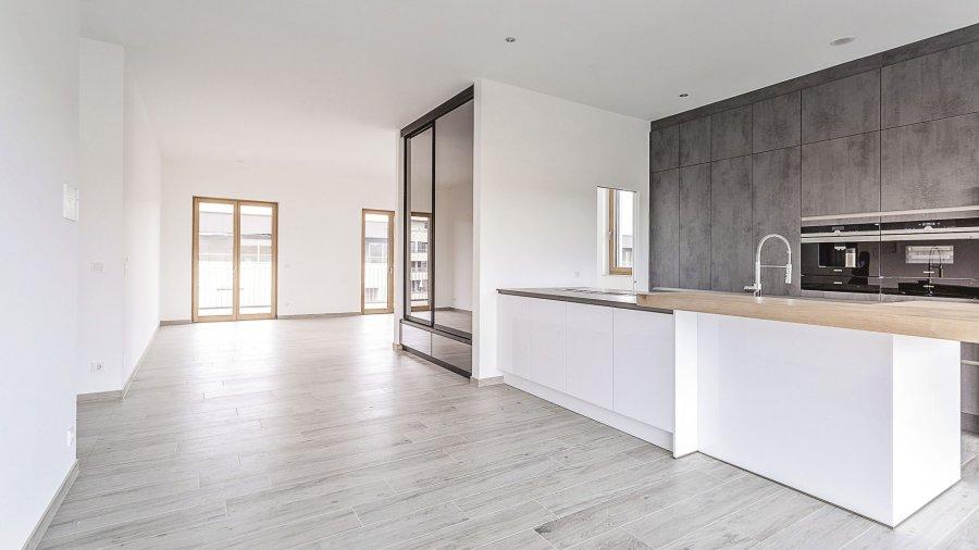 louer penthouse 3 chambres 139.12 m² bertrange photo 1