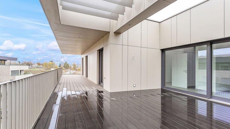 louer penthouse 3 chambres 139.12 m² bertrange photo 4