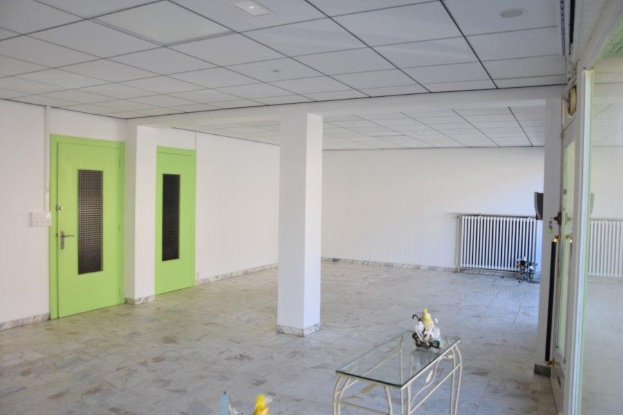 louer fond de commerce 0 pièce 65 m² tucquegnieux photo 2