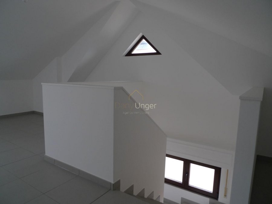 louer maison 4 chambres 300 m² bertrange photo 4
