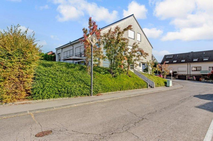 Duplex à vendre 5 chambres à Hesperange