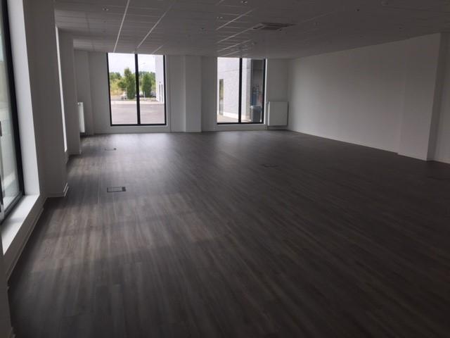 louer bureau 0 chambre 108.36 m² bascharage photo 2