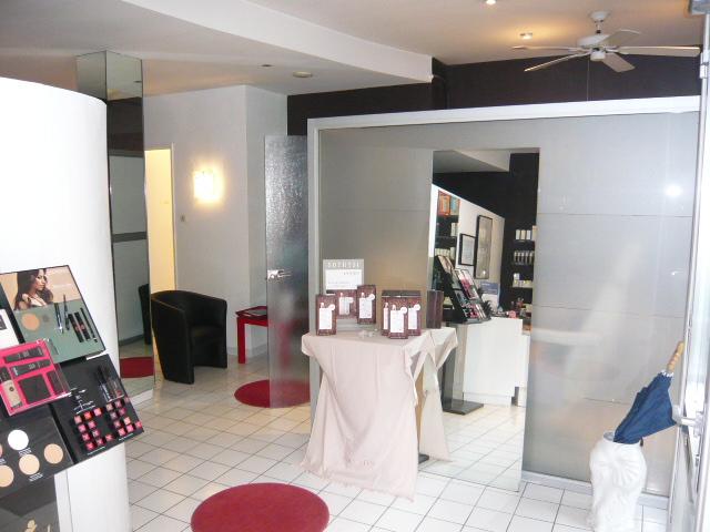 louer local commercial 3 pièces 68 m² metz photo 4