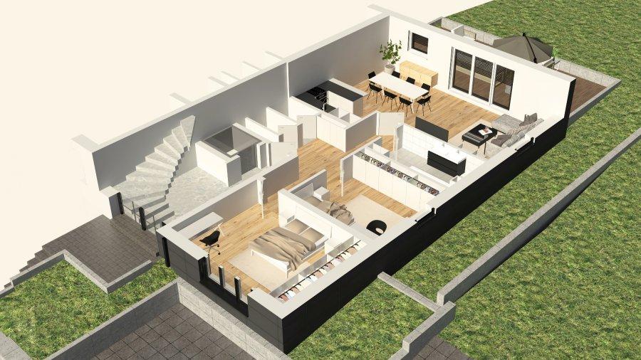 Lumineux Appartement au Rez-de-jardin avec 2 chambres à coucher, grande Terasse et jardin privatif.  - Nouvelle résidence de 2020  - 1ière location    Composition de l'appartement:  - Hall d'entrée  - Grand Living avec cuisine équipée ouverte et accès à une Terasse (+/-60m2) & un Jardin privatif (+/-60m2)  - Salle de bain avec douche italienne et sanitaire (toute équipée)  - WC séparé  - 2 chambres à coucher (+/-15m2 & +/-12m2)  - Surface: habitable +/-97m2 + terasse  + jardin privatif  Stationnement intérieur dans garage   Spécifiés techniques :  - Ascenseur   - Porte coulissante vers terasse  - Ventilation contrôlée double flux  - Chauffage au sol  - Châssis PVC Triple vitrage  - Stores électriques Raffstore  - Finitions haut de gamme   Excellente Situation géographique:  La résidence est érigée près du Kräizbierg à Dudelange, à deux pas du centre-ville/école primaire/secondaire/centres commerciaux/parc Le'h et avec bon accès aux grands axes de circulation