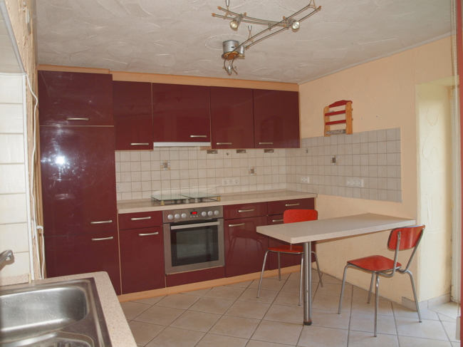haus kaufen 7 zimmer 155 m² herforst foto 2