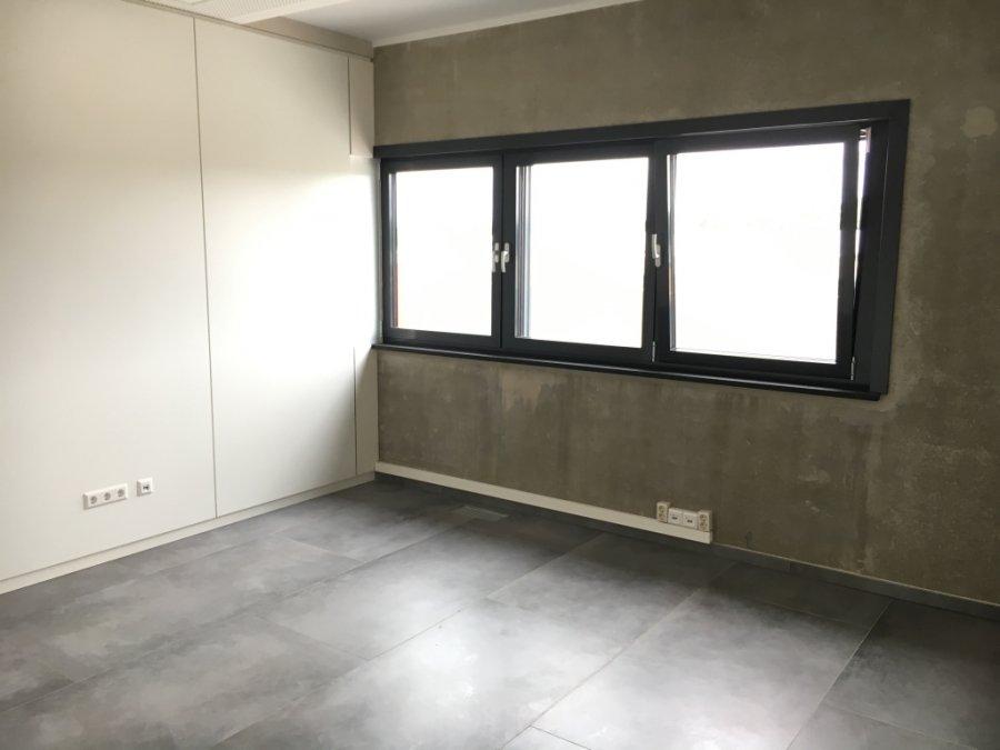 louer bureau 0 chambre 231 m² kehlen photo 6