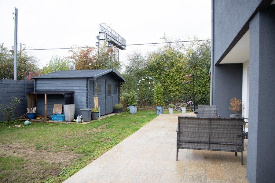 Maison jumelée à vendre 4 chambres à Bivange