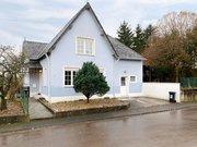 House for rent 5 rooms in Rehlingen-Siersburg - Ref. 7042405