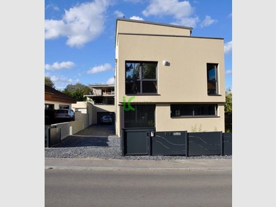 Detached house for sale 5 bedrooms in Strassen - Ref. 6393189