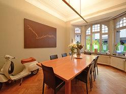Maison de maître à vendre 7 Chambres à Esch-sur-Alzette - Réf. 5002357