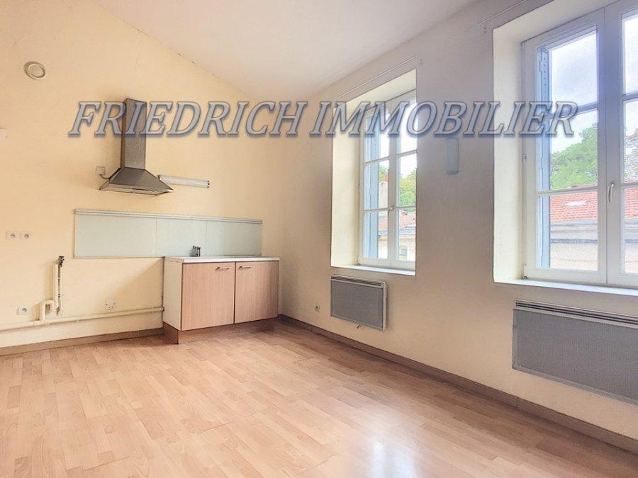 louer appartement 2 pièces 46 m² saint-mihiel photo 1