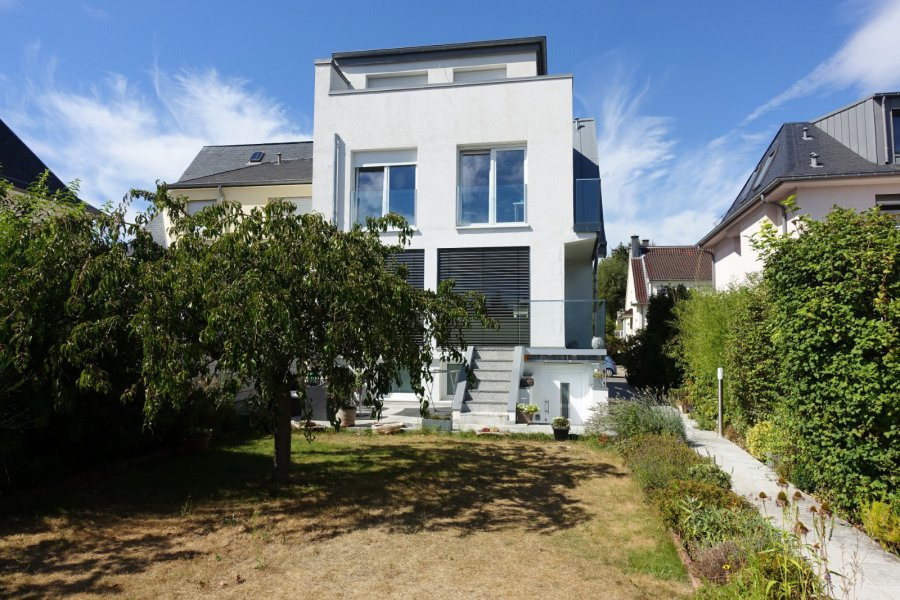 acheter maison 5 chambres 240 m² luxembourg photo 2