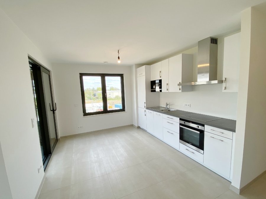 apartment for rent 2 bedrooms 88 m² strassen photo 1