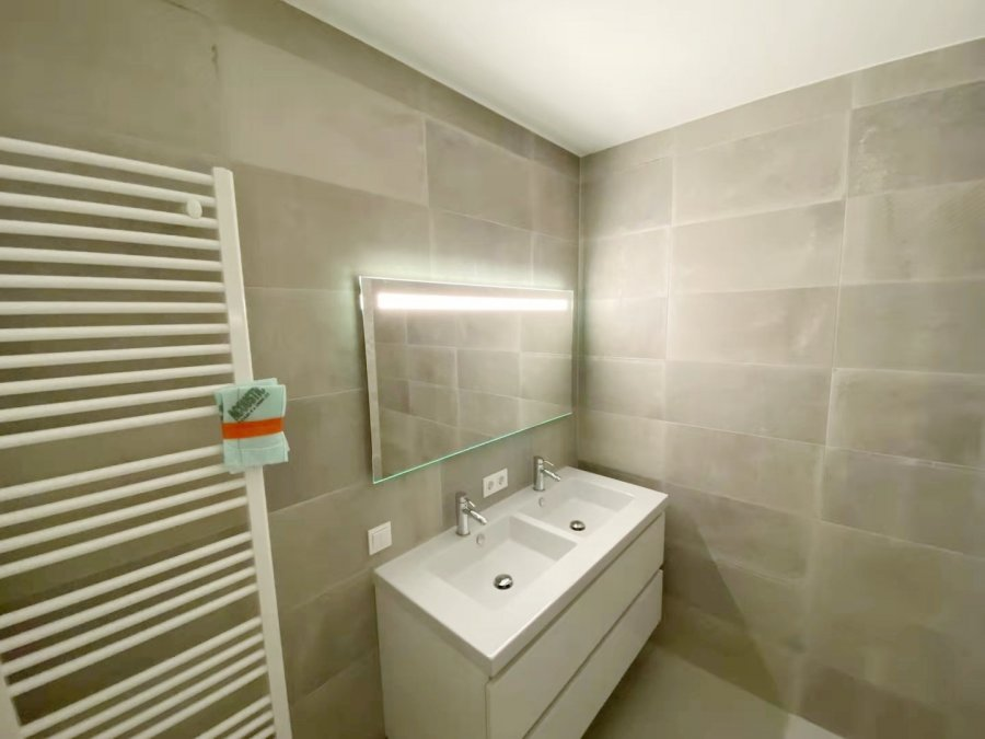 apartment for rent 2 bedrooms 88 m² strassen photo 4