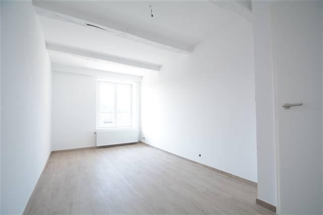 louer appartement 0 pièce 118 m² arlon photo 3