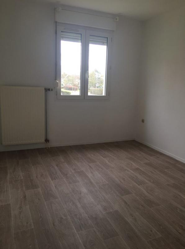 louer appartement 2 pièces 69 m² metz photo 2